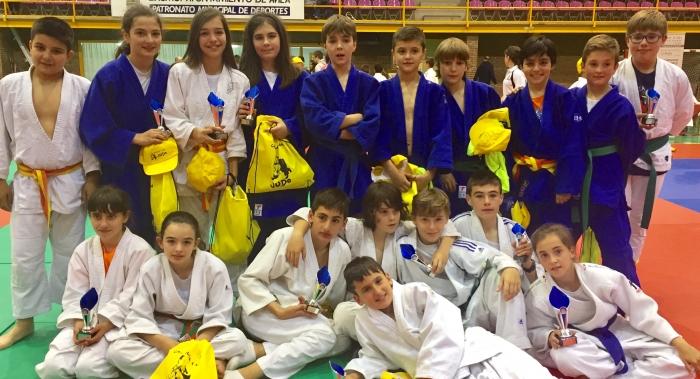 Grand Gym Gimnasio Grandmontagne Burgos alevines