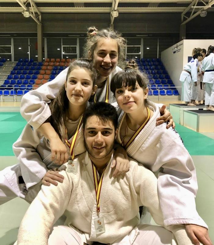 Grand Gym Gimnasio Grandmontagne Burgos cadete grandmontagne